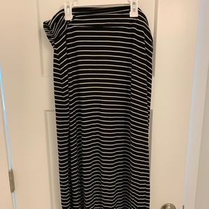 J Crew maxi skirt black and white stripe size XL